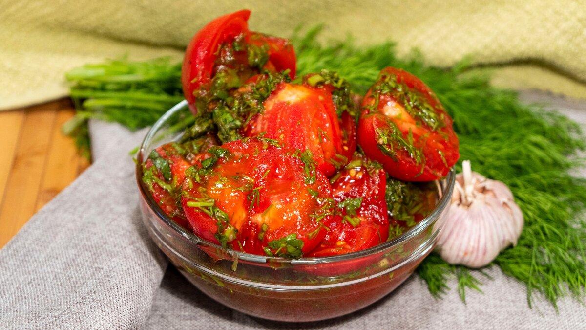 Вкуснейшая закуска из помидоров с чесноком: пошаговый рецепт