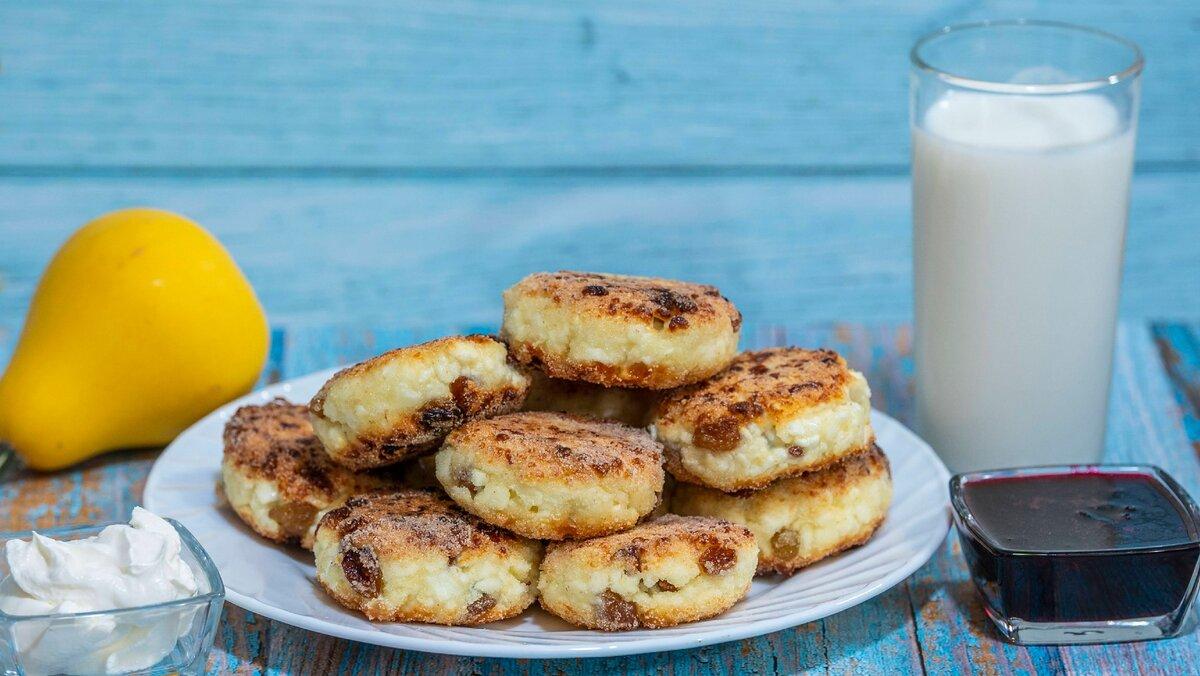 Воздушные, румяные и душистые – очень вкусные сырники с обычной манкой!